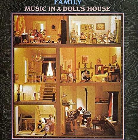 family-dollshouse